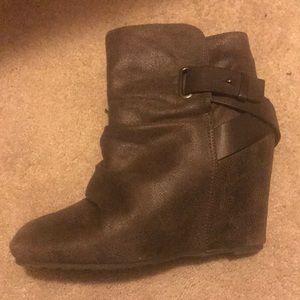 Really cute Aldo boots